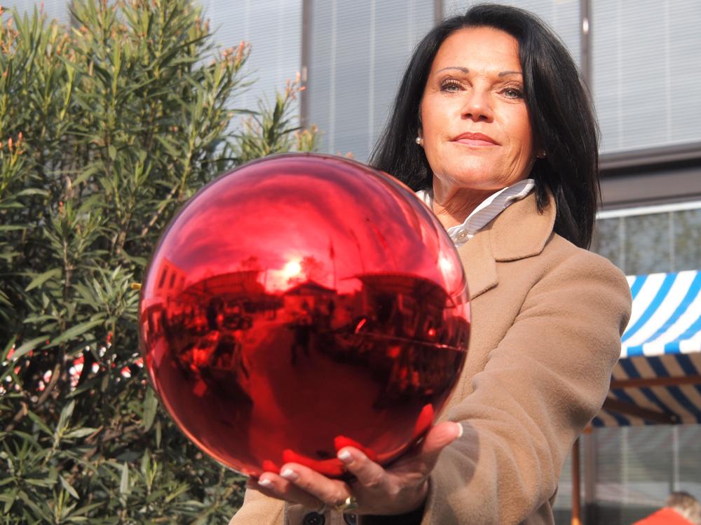 Große Rote Christbaumkugeln.Große Rote Weihnachtskugeln Italiaansinschoonhoven